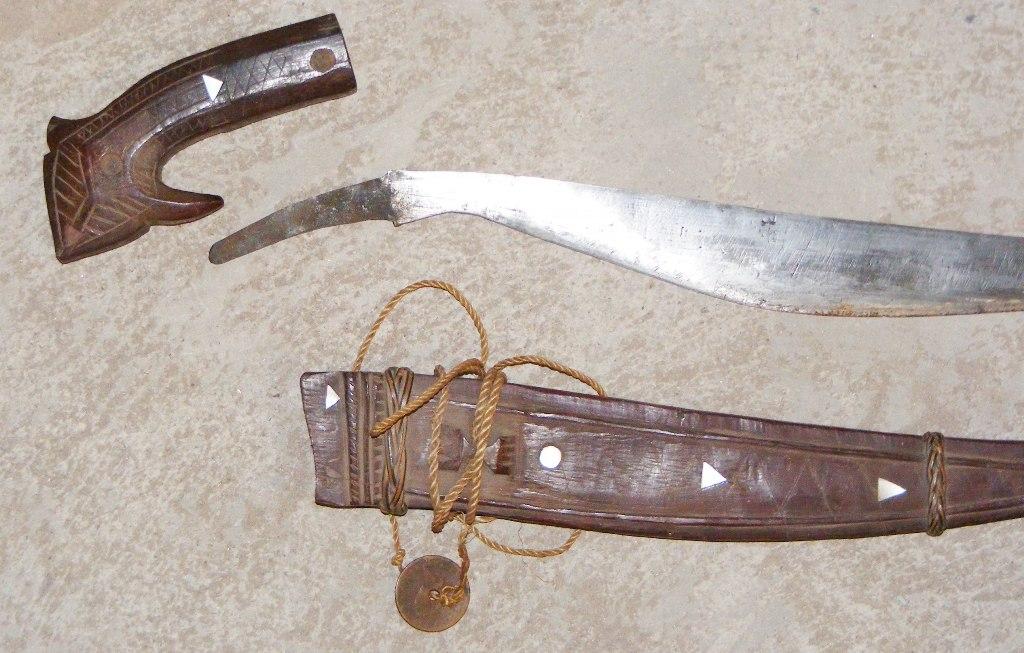 Fine Original Knives, Swords, Cutlasses, Sabers, Hangers, Rapiers from The History Store (Knife, Sword, Saber, Sabre, Hanger, Cutlass)